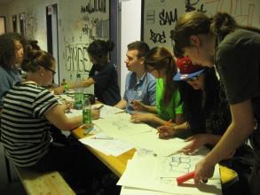 Graffitiworkshop: Anfertigen von Skizzen für das Stylewriting