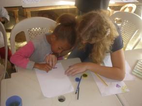 Hausausgabenbetreuung im Schulprojekt Vila Claudia