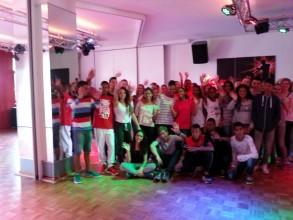 Austausch mit La Réunion: Gemeinsames Tanzen