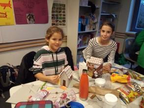Weihnachtsbasteln der Forscherklasse 6b