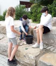 Projekttag der Forscherklasse 6b zu Experimenten mit Wasser und anderen Flüssigkeiten am 30.07.2021
