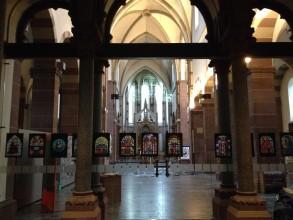 Kirchenfenster: Maria